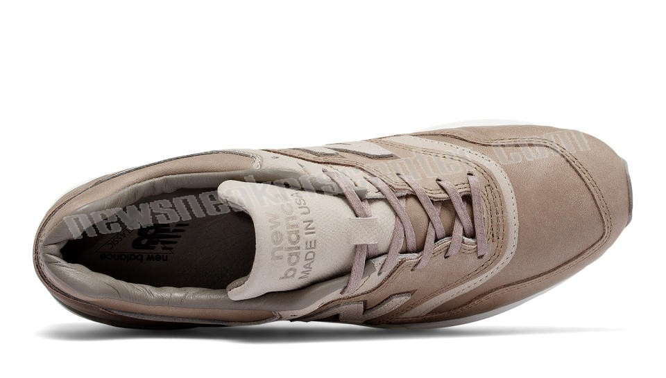 New Balance Mens Made in USA Beige with Grey With Quick Expedition  - New Balance Mens Made in USA Beige with Grey With Quick Expedition-01-2